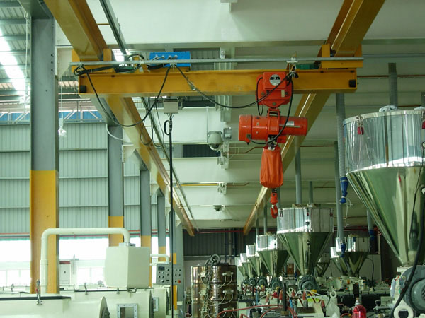 Low Headroom Crane For Sale